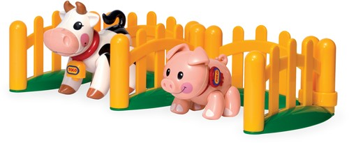 Tolo Toys Farm Animals Piglet and Cow
